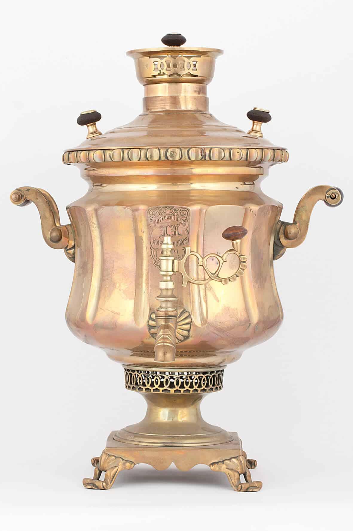 КБ 480 | Самовар-ваза гранная с накладным медальоном | Музей самоваров и бульоток