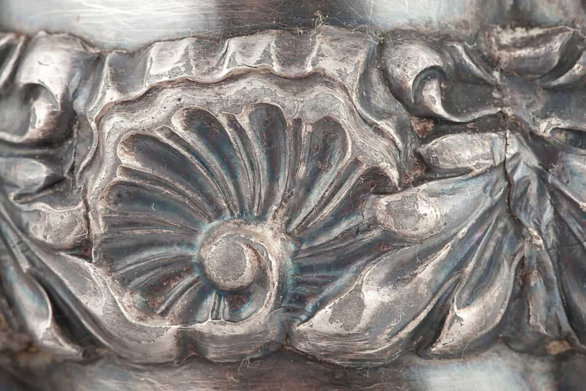 КБ 483 | Самовар-ваза с витыми овалами и накладным орнаментом | Музей самоваров и бульоток