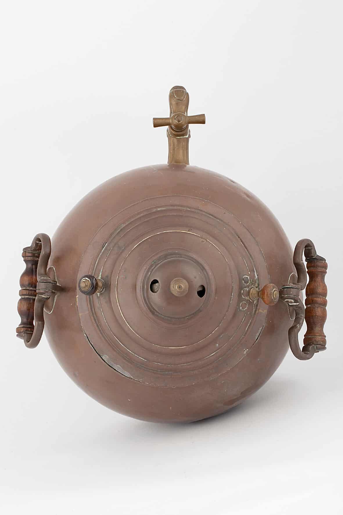 КБ 493 | Самовар ваза коническая на плоском поддон | Музей самоваров и бульоток