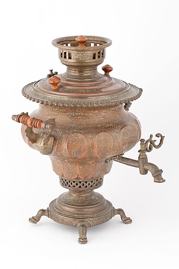 КБ 512   Самовар ваза с гравированным орнаментом   Музей самоваров и бульоток