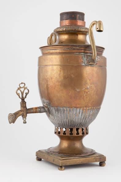 КБ 519 | Самовар яйцевидный с вертикальными ручками | Музей самоваров и бульоток
