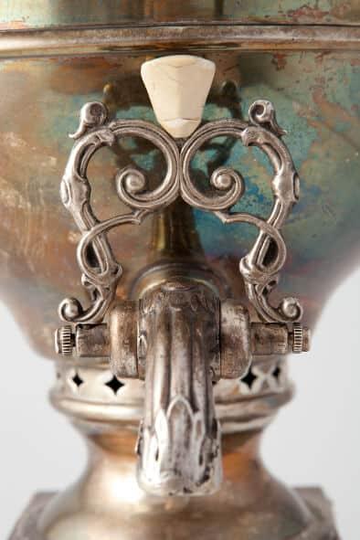 ваза « С медальонами» | Музей самоваров и бульоток