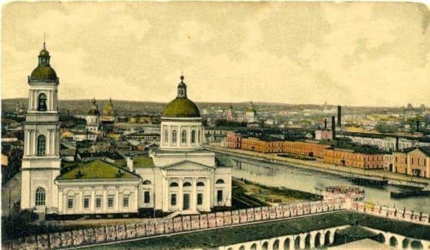 Казанская церковь, вид со стороны Кремля. Тула. Фотооткрытка нач. ХХ в.