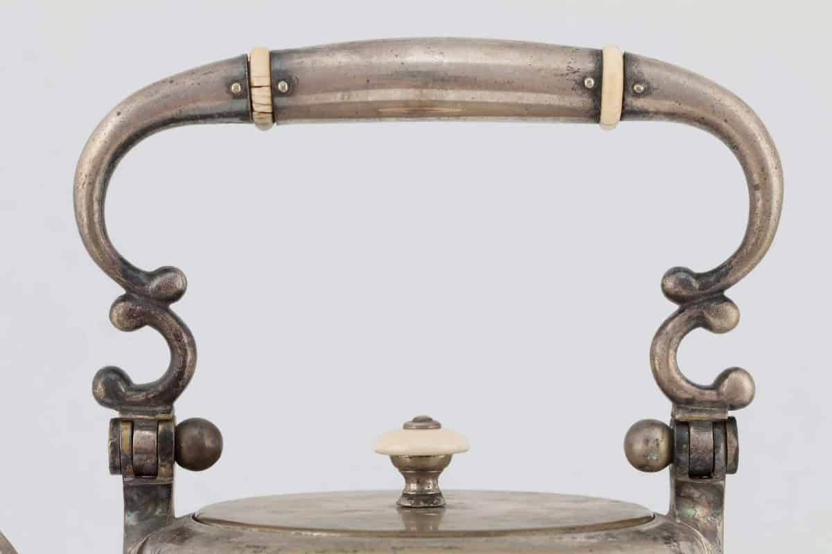 КБ597-600 | Бульотка с сервизом «Князь В. Голицын»