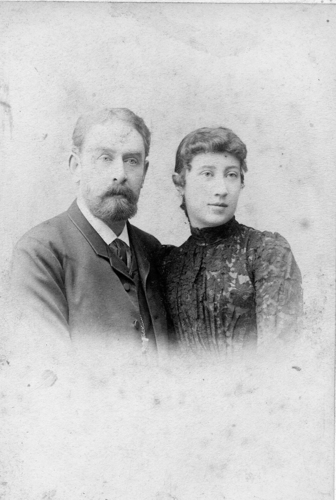 Николай Баташев и его жена Елизавета. Фото конца XIXв.