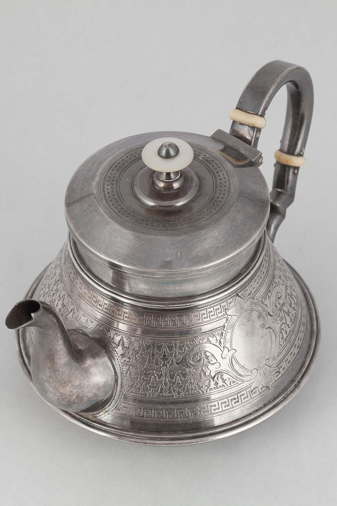 КБ 602 | Чайник заварочный с растительным орнаментом