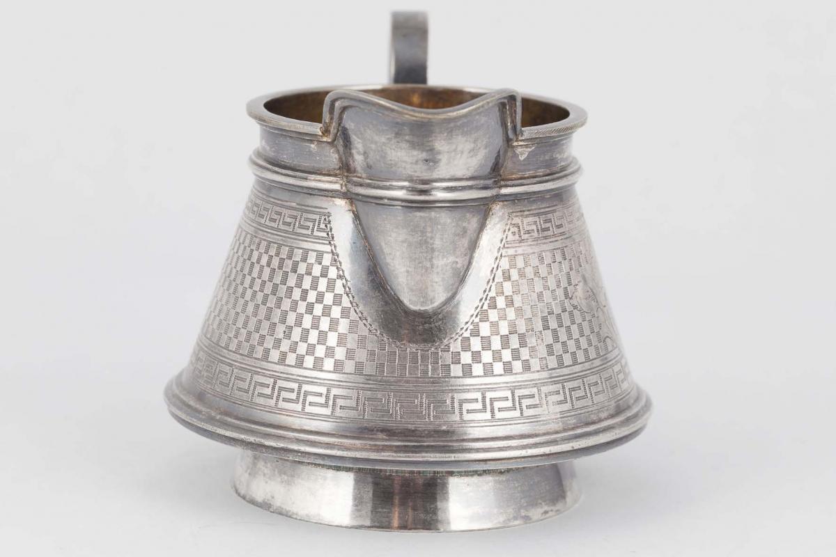 КБ 603 | Молочник с геометрическим орнаментом