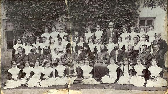 Воспитанницы епархиального училища. Венев. Начало ХХ в.