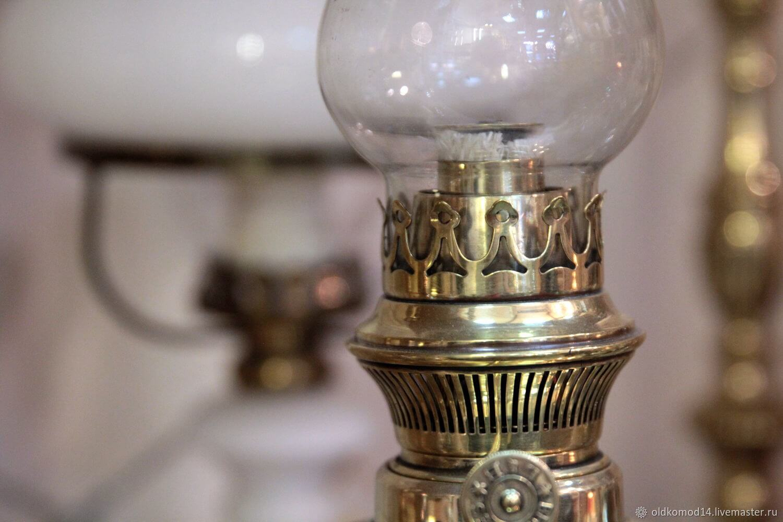 Керосиновая лампа с плоским фитилем